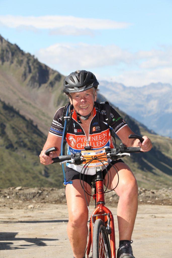 Ria op de fiets tijdens de Pyreneen Challenge 2015